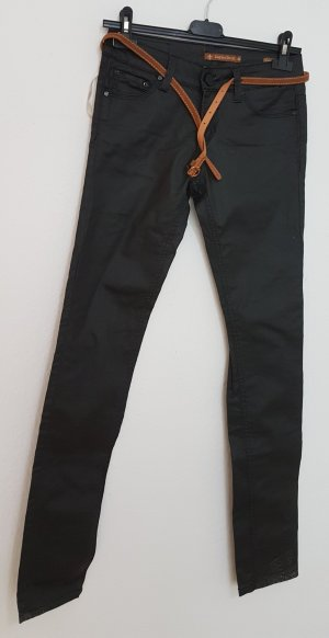 Daysie Pantalón tobillero negro