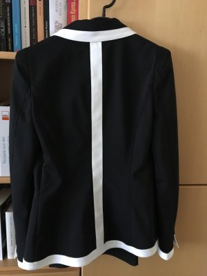 Atos Lombardini Tailleur pantalone nero-bianco