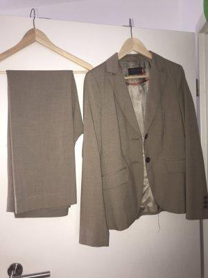 s.Oliver Tailleur-pantalon beige