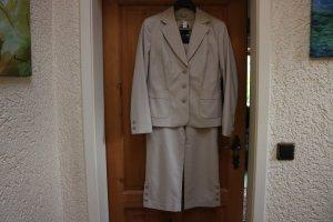 Caren Pfleger Traje de pantalón beige-crema tejido mezclado