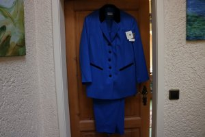 Avance Creation Trouser Suit blue-black new wool