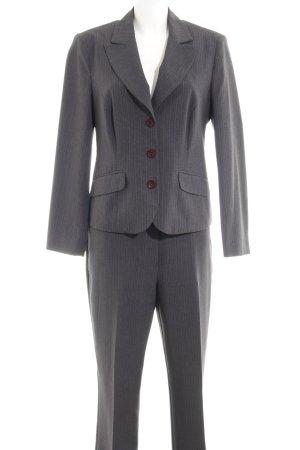 Tailleur-pantalon rayure fine style d'affaires