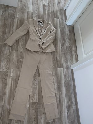 Zara Costume business crème