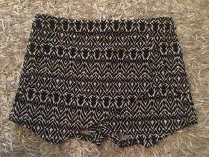 Pantalón corto negro-blanco