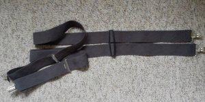 Cinturón gris-color plata