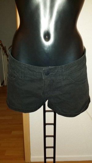 Clockhouse Pantalón corto negro
