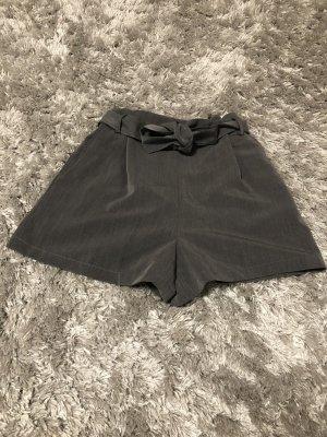 Hot pants grau von Pull&Bear