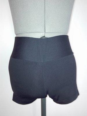 Hot Pants in schwarze Farbe sehr elastisch, aus Saplex und polyamid