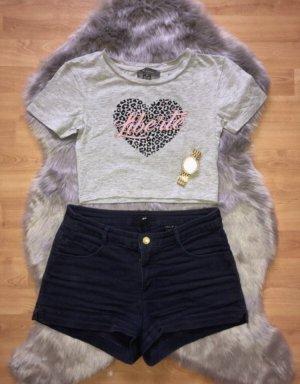 Hot Pants/ Shirts/ Kurze Hose/