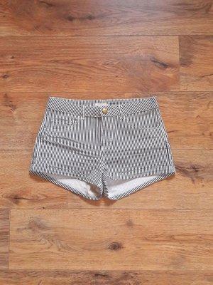 Hot Pants Shorts gestreift schwarz weiß Gr. 36