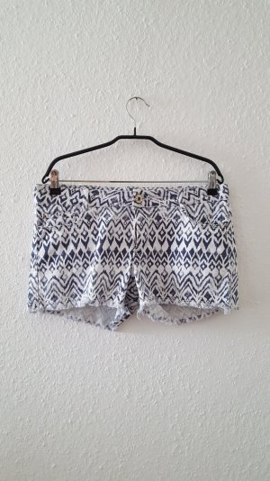Hotpant mit Ethno-Muster