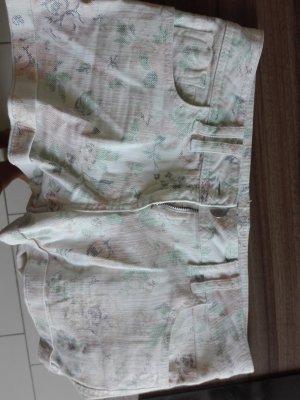 Clockhouse Pantalón corto blanco