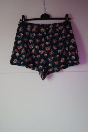 Hotpants High-Waist, kurze Shorts, Blumenmuster/ Rosenmuster von Forever 21
