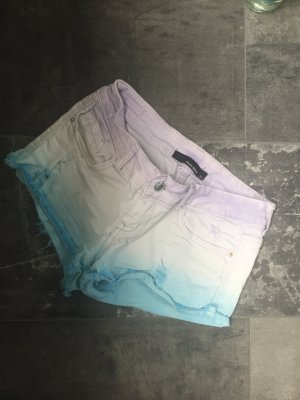 Hotpants im Ombre-Look