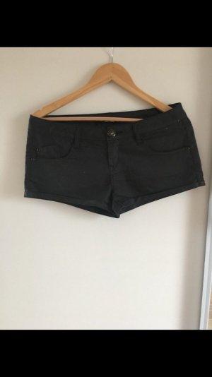 Hotpants, Shorts, glänzender Stoff