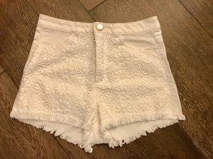 Hotpants Shorts kurze Hose Strickmuster weiß Fransen High-Waist-Shorts