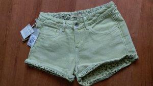 Guess Shorts color oro-amarillo claro