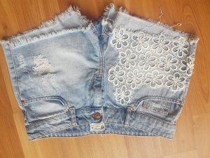 Hotpants von Gina Tricot