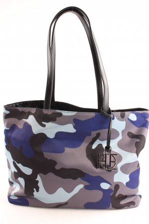 House of Envy Shopper camouflage pattern casual look