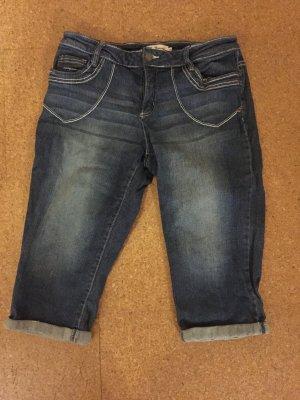 hübsche 3/4 Jeans gr. 38