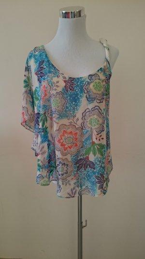 Hübsche asymmetrische Bluse
