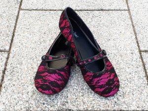 Hübsche Ballerinas von Young Spirit, pink mit schwarzer Spitze, Größe 40