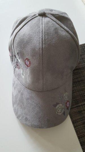 Gorra de béisbol gris claro