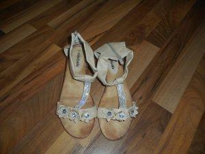 Hübsche Damen Sandalen