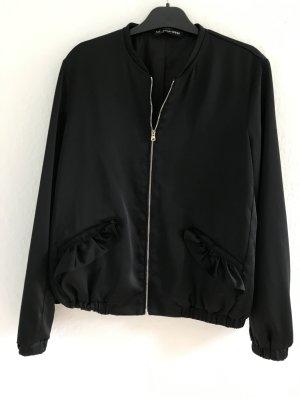 Hübsche Jacke von TRF Gr.36,38, Bomberjacke, Neu