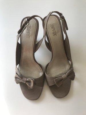 Hübsche Sandalen Gr. 39