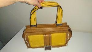 Hübsche Tasche von Anne Klein