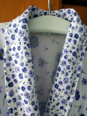 Dressing Gown white-purple cotton
