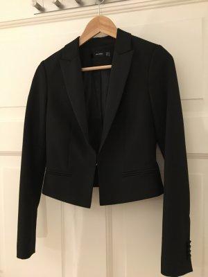 Hübscher schwarzer Kurz-Blazer