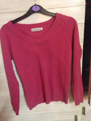 hübscher strechiger Pullover