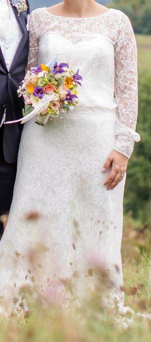 Hübsches Brautkleid von ISABEL DE MESTRE
