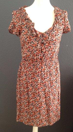 Hübsches buntes Kleid