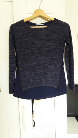 Hübsches dunkelblaues Shirt von Bershka in Größe XS