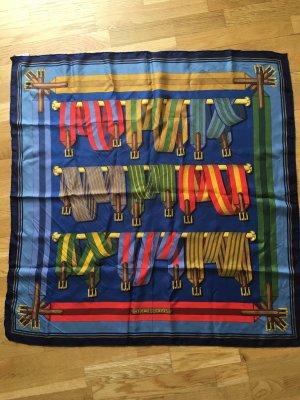 Hübsches Hermès Tuch