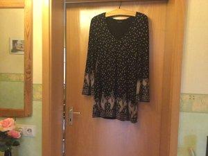 Hübsches Kleid mit tollem Muster
