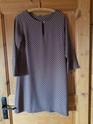 Hübsches Kleid / Tunika - kaum getragen