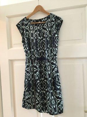 Hübsches Kleid - Vila