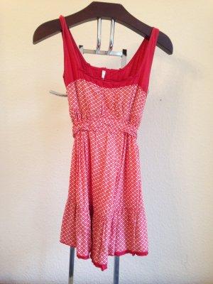 Hübsches Kleid von Firetrap