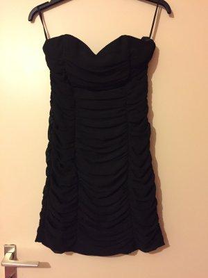 Hübsches Kleid von H& M in Schwarz