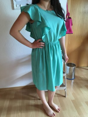 Hübsches Kleid von Koton