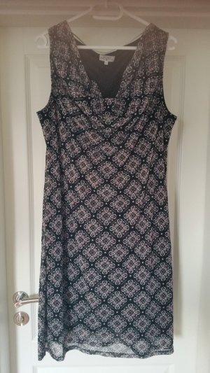Hübsches Kleid von Tom Tailor in Gr. XL