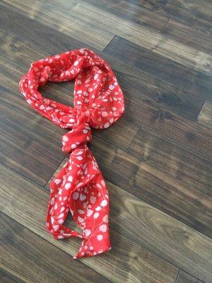 Hübsches rotes/gepunktetes Tuch