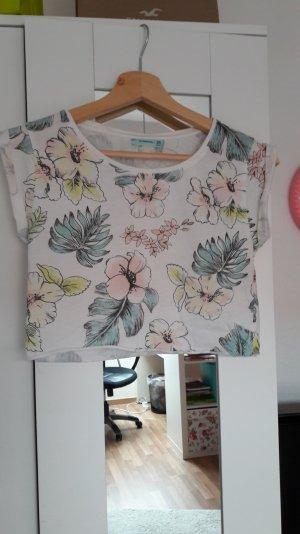 Hübsches Shirt von Bershka in Größe XS