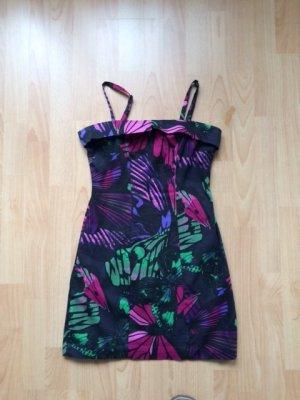 Hübsches Sommerkleid mit Trägern oder ohne
