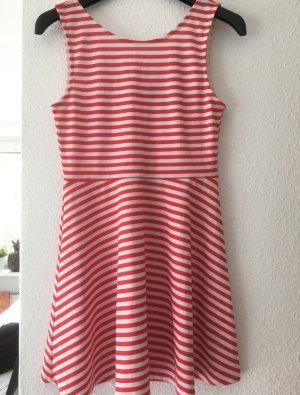 Hübsches sommerliches Minikleid