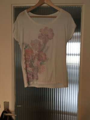 Hübsches TShirt mit Blumenmuster